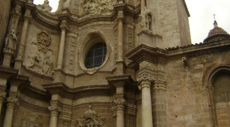 Video: 7:34 Minute Guide to Valencia Spain