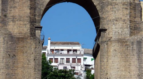 The Famous Ronda Bridge - Photo