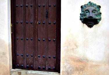 Spain Photography Tips:  Doorways